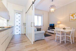 Progettazione Interni con Arredamento in Total White | De Leo & Drasnar